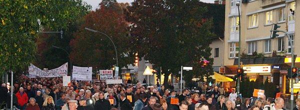1. Montagsdemo: Lichtenrade und Mahlow-Nord gegen Fluglärm